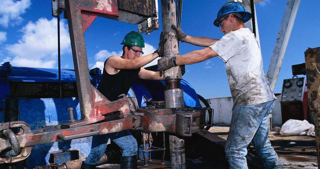 Нужны ли нефтяники в Канаде