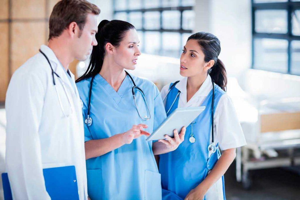 Как стать медиком в Канаде