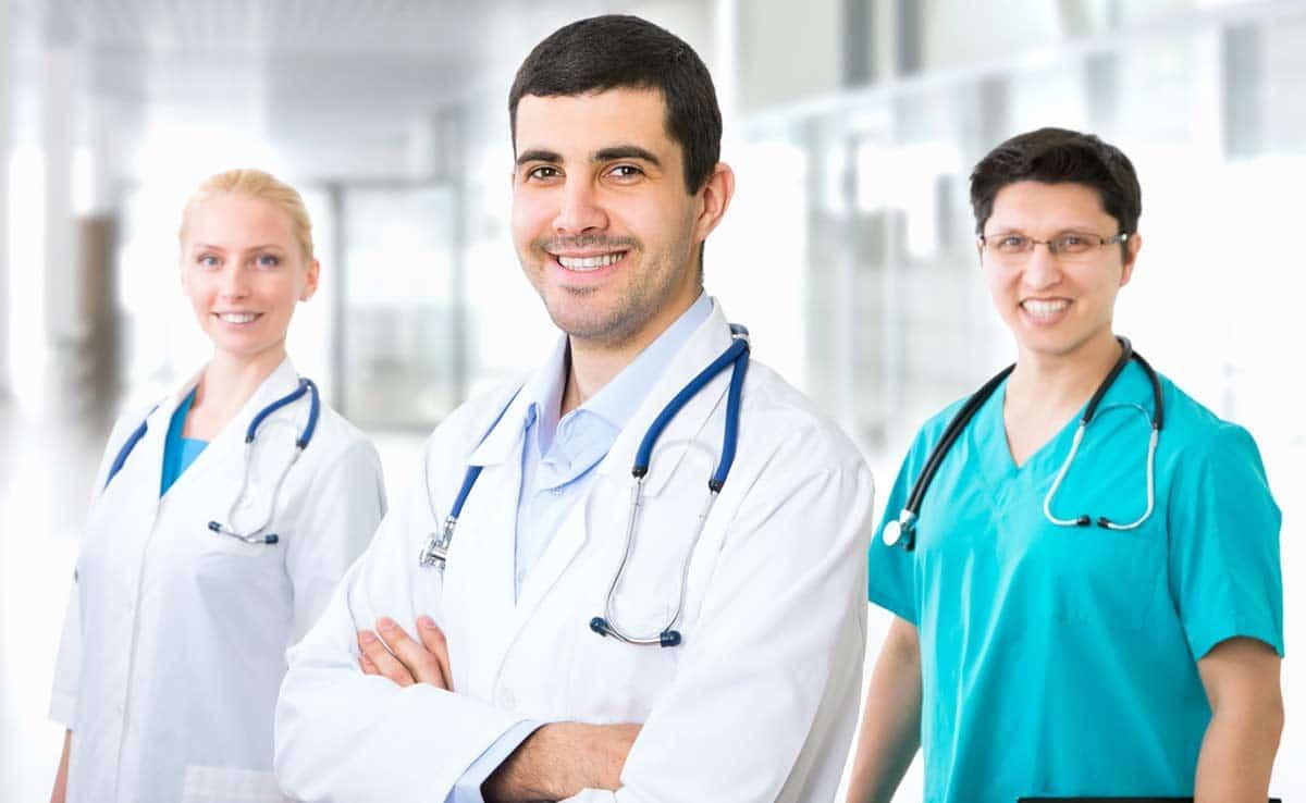 Кто может работать врачом в Чехии
