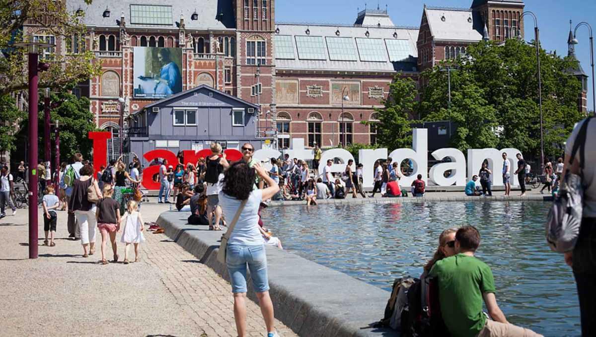 амстердам повышает налог