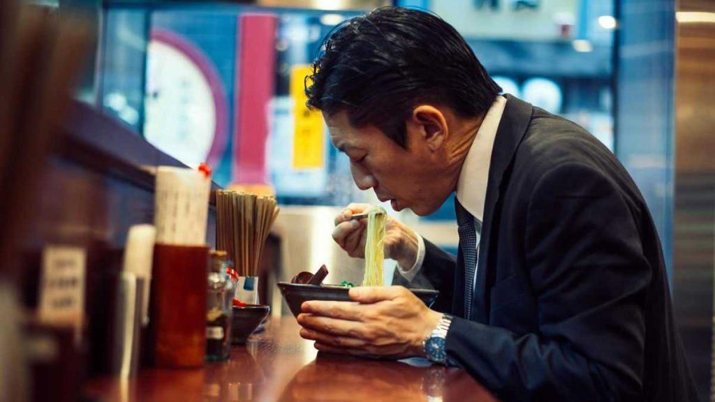 Японское уличное кафе