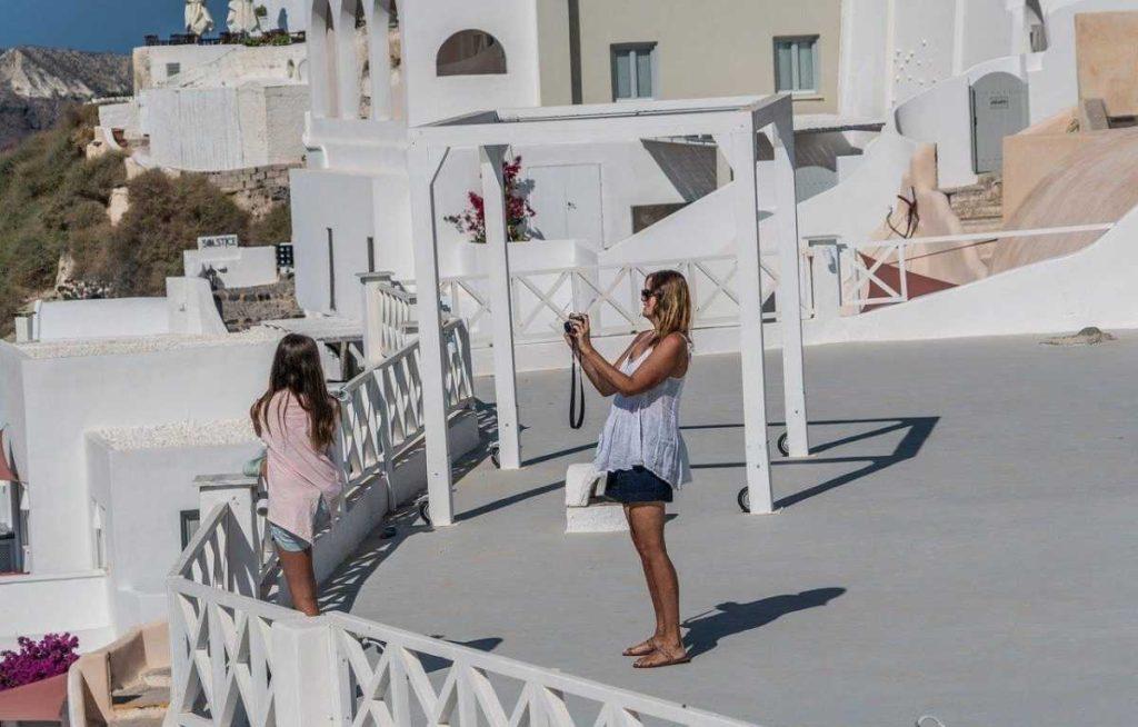 Как найти работу в греции недвижимость дубай на карте