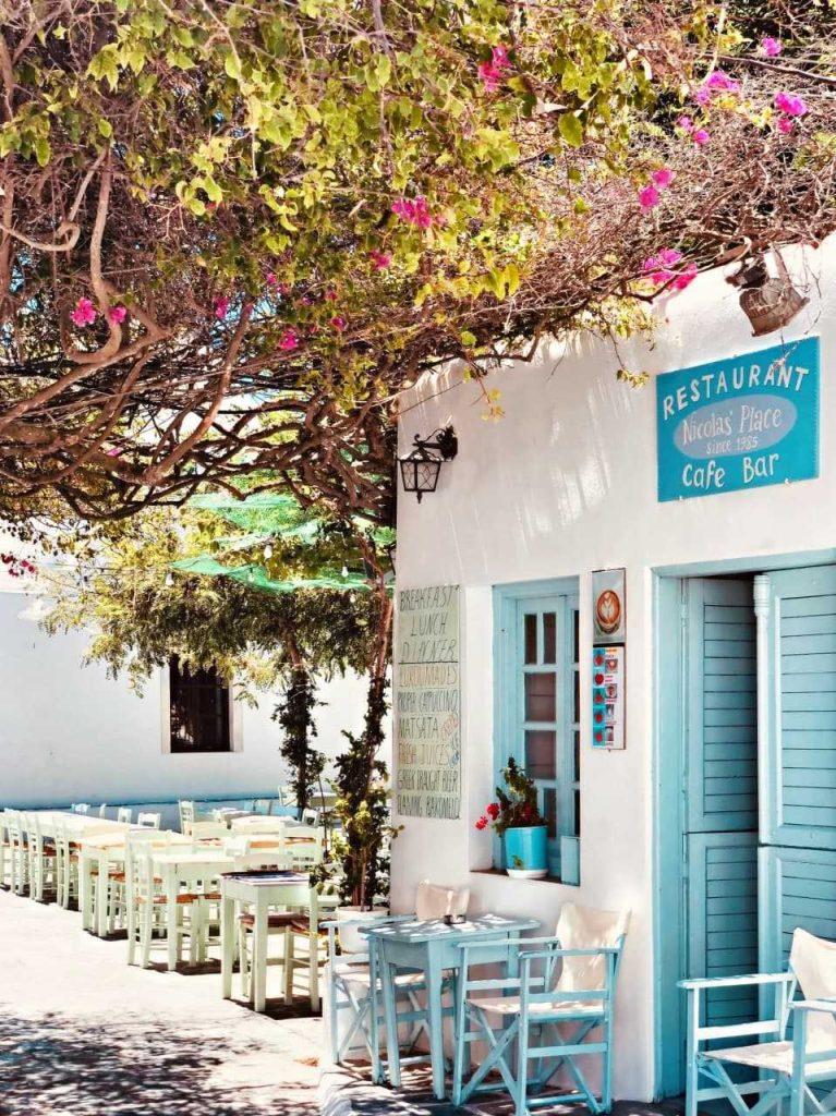 В Греции открываются заведения общепита