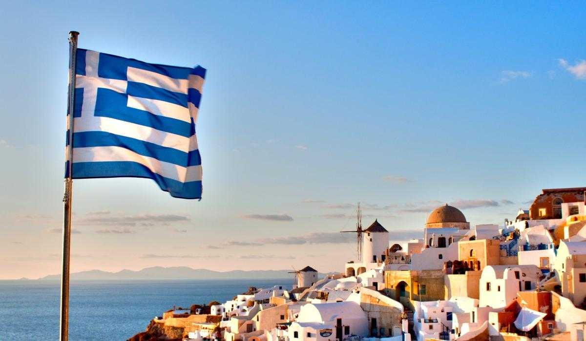 Греция открывает границы: новые правила въезда-2021