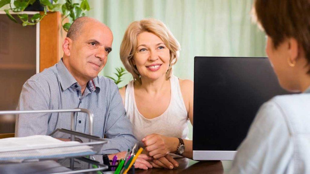 Скидки пенсионерам на визу в Польшу