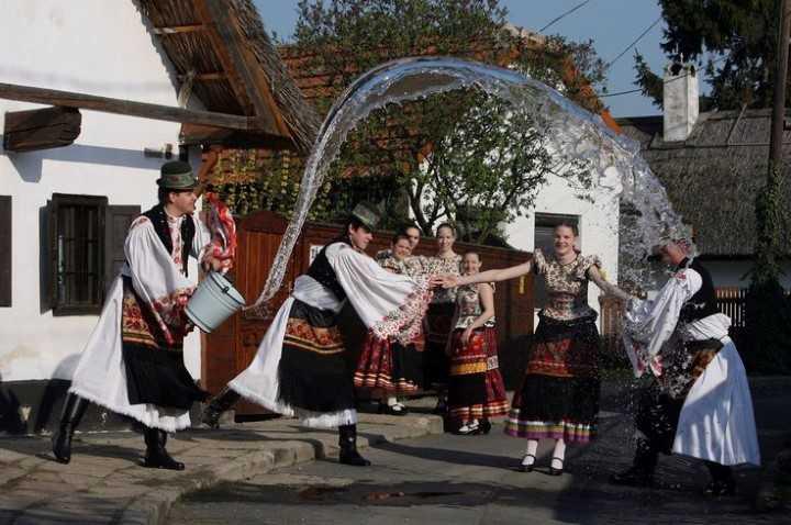 Пасхальный понедельник в Польше