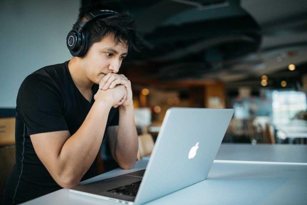 Требования для работы программистом в США
