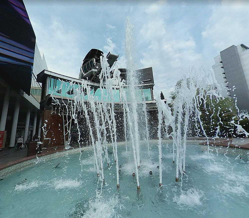 Поющий фонтан на Навагинской улице
