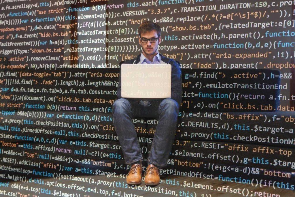 Сколько зарабатывает программист в Германии