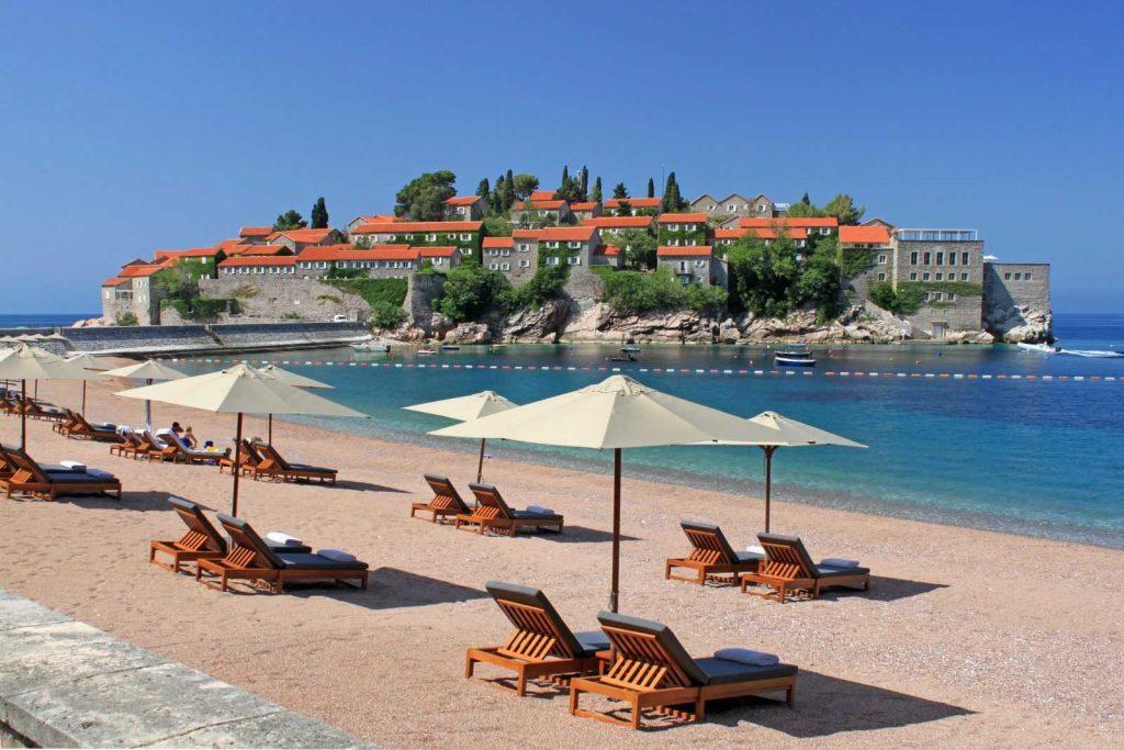 Платный пляж на Свети Стефане