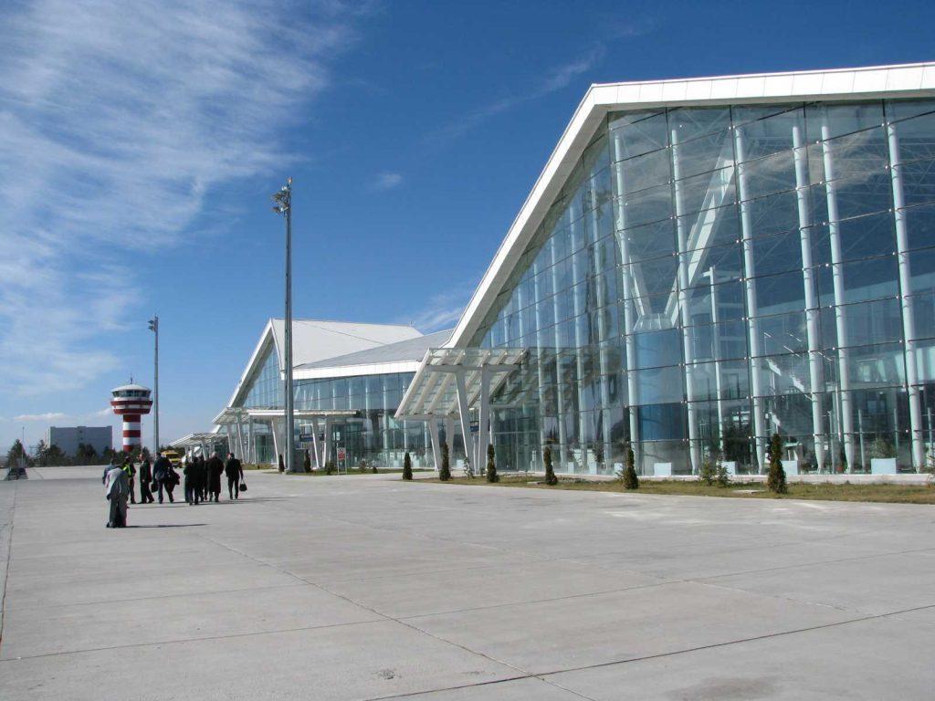 Аэропорт Карс