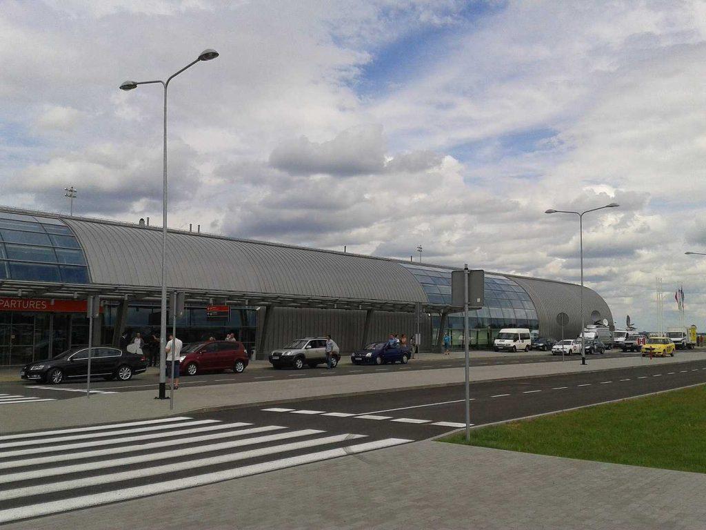 Аэропорт Варшава Модлин