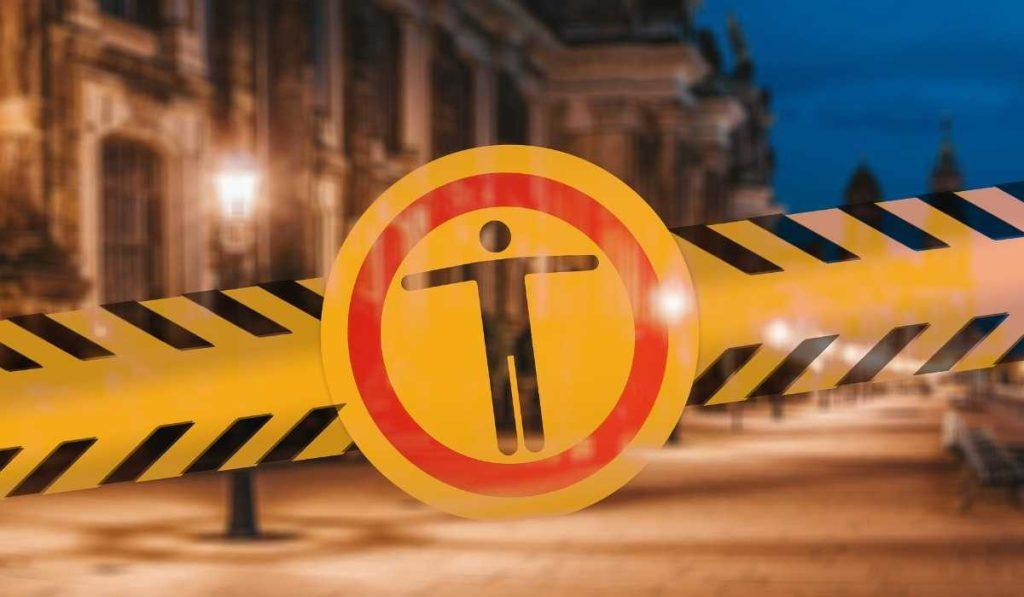 Франция открыта: обновленные правила въезда в Республику