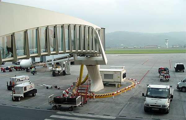 Аэропорт Бильбао