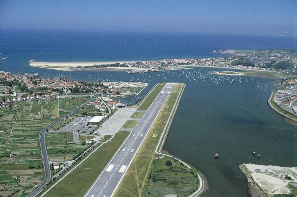 Аэропорт Сан-Себастьян
