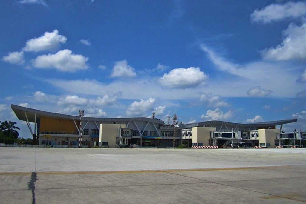 Онлайн табло аэропорта Симпанг-Тига в Пеканбару