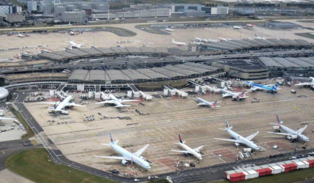 Онлайн табло аэропорта Париж Шарль-де-Голль