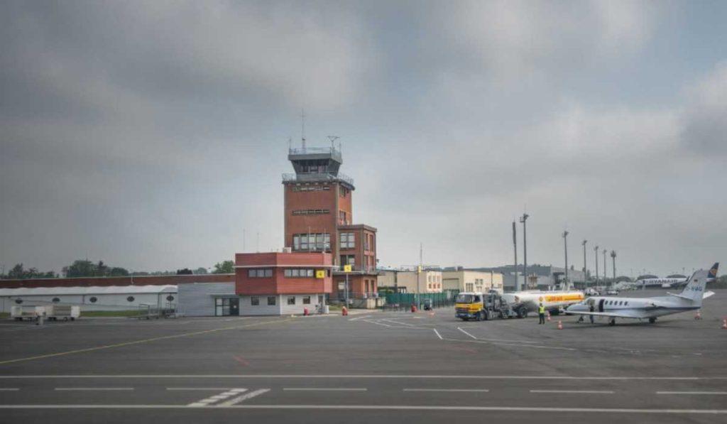 Онлайн табло аэропорта Париж Бове